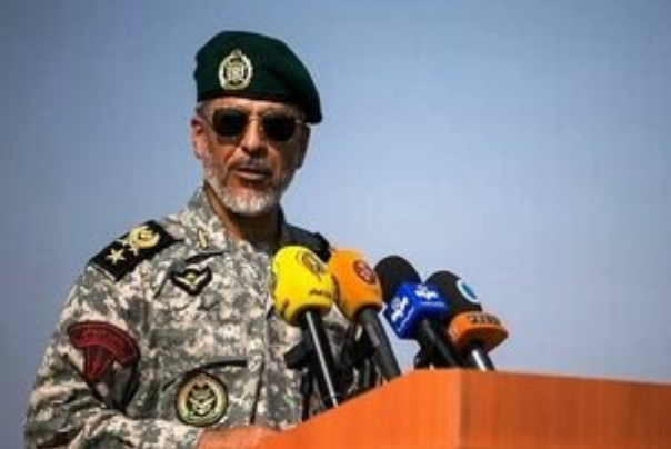 هشدار رئیس ستاد ارتش نسبت به ورود در محدوده رزمایش مرکب ایران