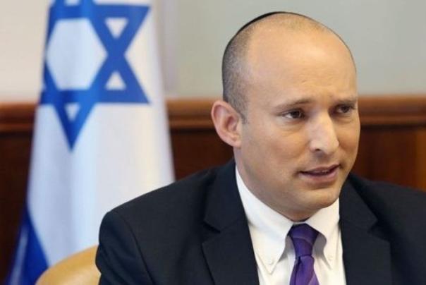 شاهد.. لحظة هروب وزير الحرب الإسرائيلي من صواريخ المقاومة