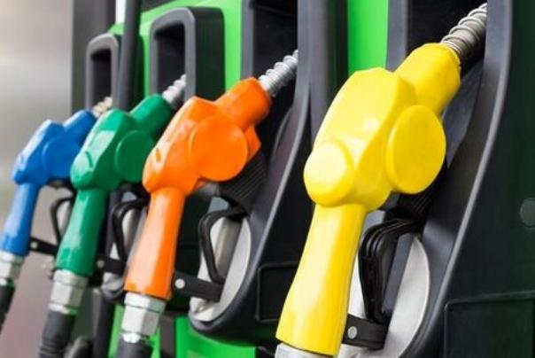 درباره سهمیه بنزین سفر هنوز تصمیمی ابلاغ نشده است