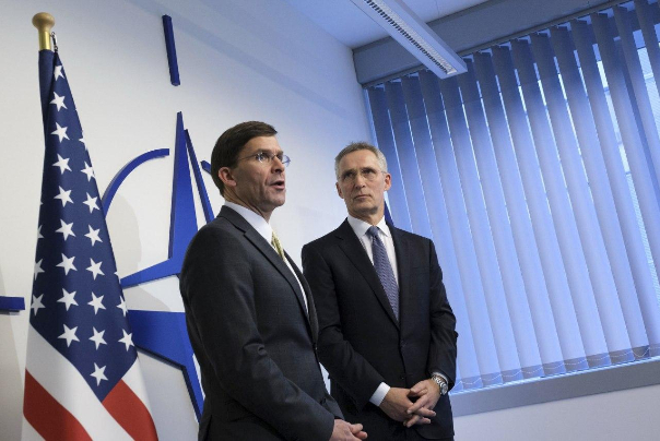 مارک اسپر، وزیر دفاع آمریکا: با ناتو برای توسعه عملیاتهای نظامی در عراق توافق کردیم
