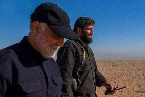 تصویری از پیکر شهید پاشاپور همرزم شهید سلیمانی در معراج شهدای تهران