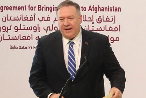 پمپئو در قطر با طالبان گفت و گو کرد