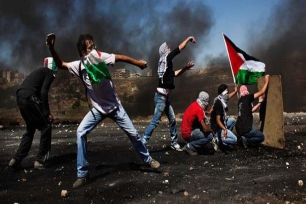 دفاع از مردم مظلوم فلسطین عرصه امتحانی برای امت اسلام است