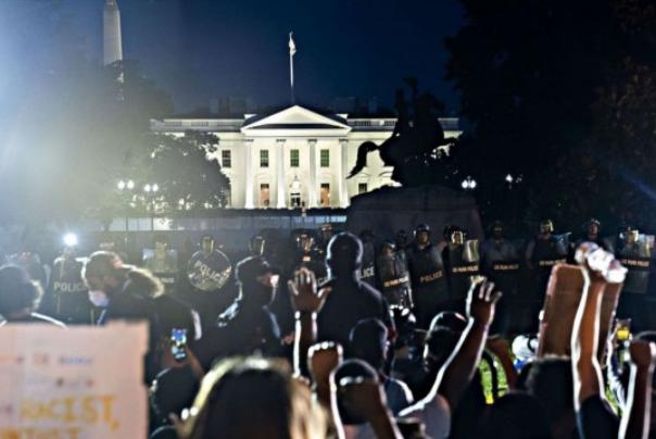 معترضان ما و معترضان آنها!