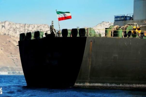 تکذیب توقیف نفتکشهای ایرانی از سوی آمریکا