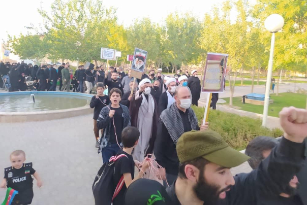 اعتراض روحانیون جمهوری آذربایجان به اهانت نشریه فرانسوی به پیامبر اسلام(ص)