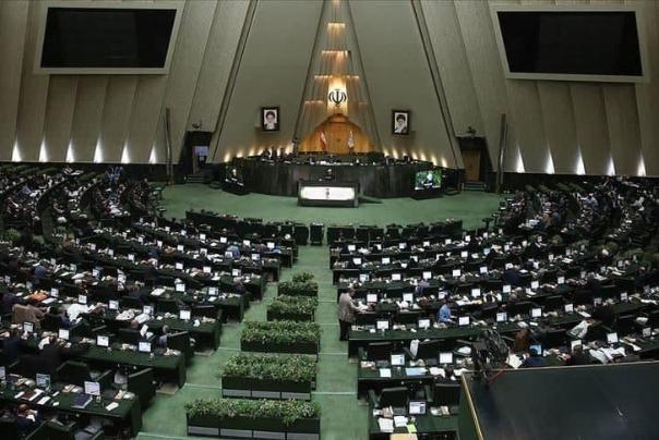تصویب دو طرح «سوتزنی» و «عرضه خودرو در بورس» در مجلس