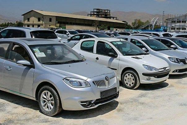 تداوم ریزش قیمت خودرو/ حباب قیمت خودروهای داخلی چقدر است؟