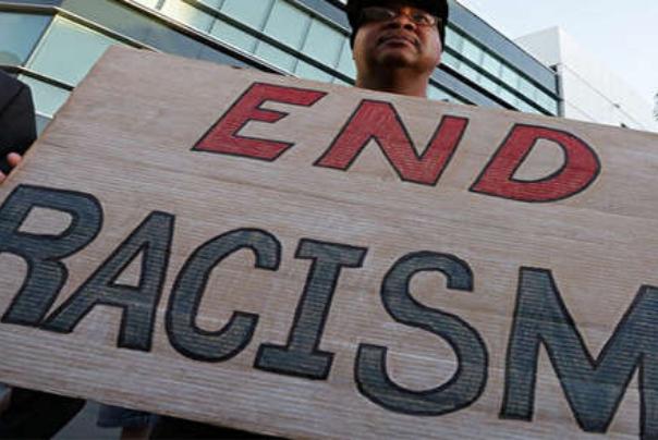 چندرسانهای: مقاومت سیاه پوستان آمریکا در برابر تزریق واکسن کرونا!