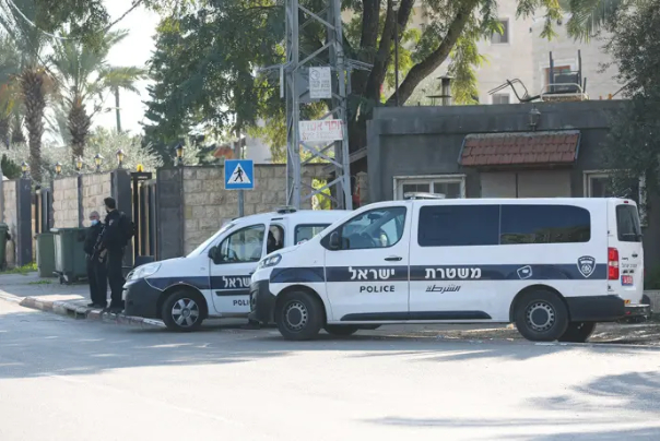 אונס בת ה-13 בשרון: מספר קטינים נעצרו בחשד למעורבות במעשה