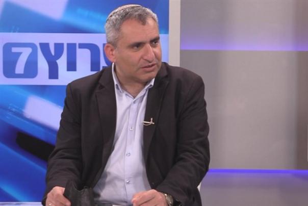 נתניהו מתרחק מ-61 ושולח סגן שר להתחנן לעזרה מהפלסטינים