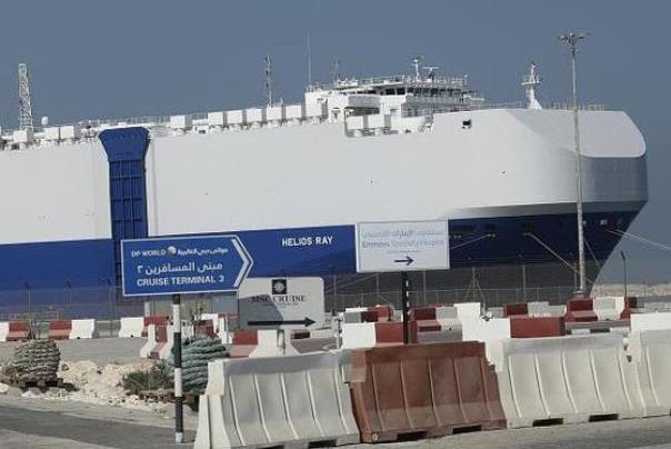 בישראל%20300%20ספינות,%2090%20מהן%20מיובאות%20ומיוצאות%20דרך%20הים