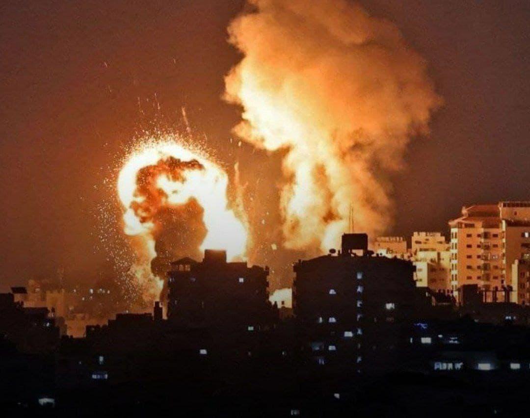 اسرائیل با مواد سمی غزه را بمباران کرد/شهادت 2 فلسطینی