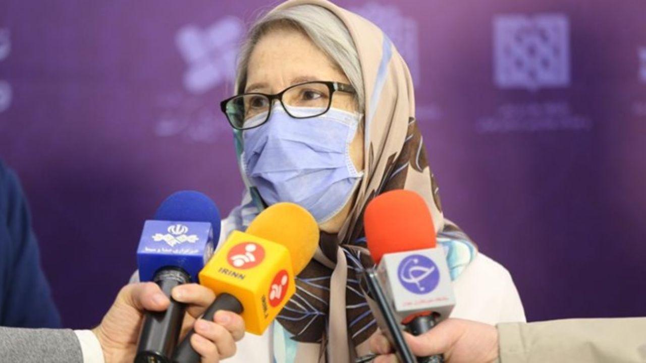 مینو محرز:  تا زمانی که واکسنهای ایرانی کرونا به تولید انبوه برسند، لازم است واکسن وارد کنیم