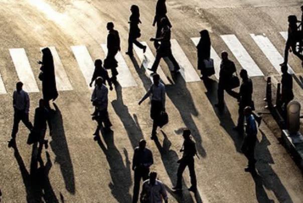 چندرسانهای%20دلایل%20ظهور%20منفینگری%20و%20ناامیدی%20در%20جامعه