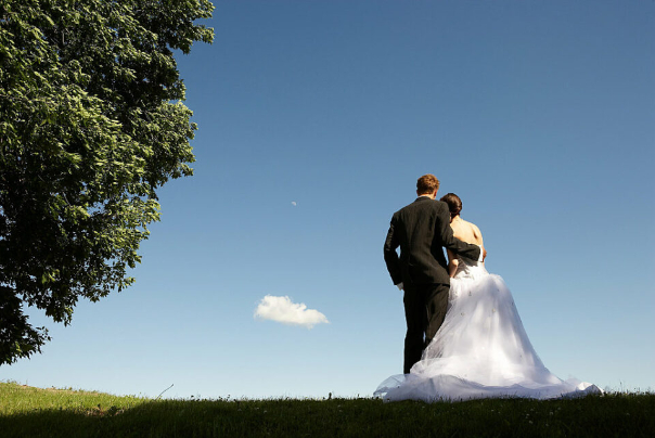 כמה זוגות התחתנו ב-2019, ומה אחוז הרווקים והרווקות בישראל?