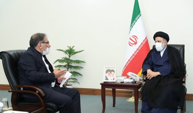 The%20secretary%20of%20the%20Supreme%20National%20Security%20Council%20meets%20with%20Ayatollah%20Raeesi